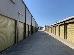 Top reasons to use short term storage units